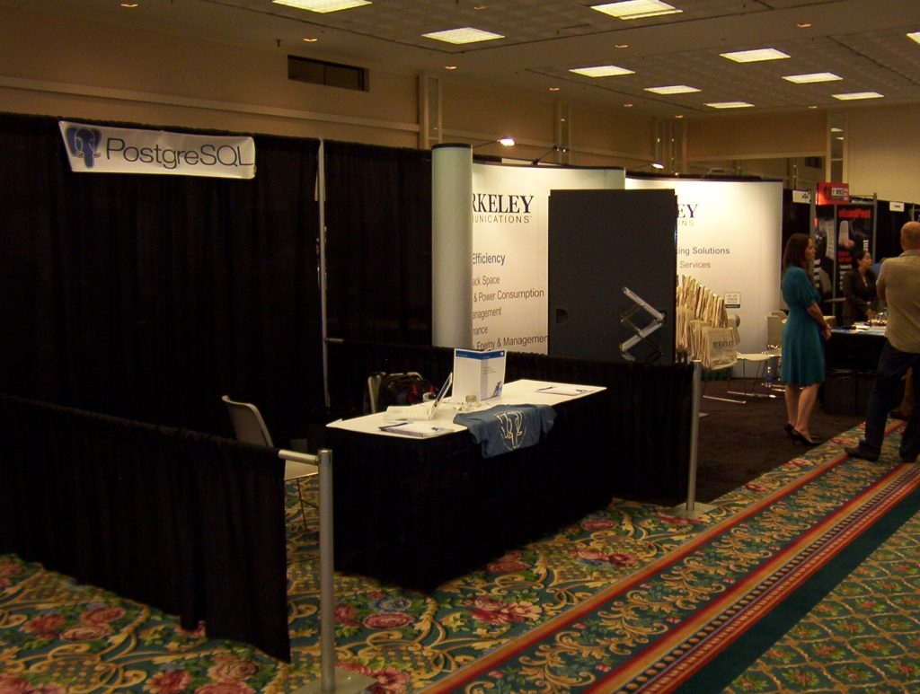 LISA 2008 Booth - yes, I really was there